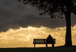Luto mal vivido pode causar transtornos de ansiedade e até depressão, alerta psicóloga