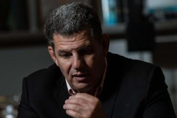 'Atira em seus soldados pelas costas', afirma Gustavo Bebianno ao criticar Bolsonaro