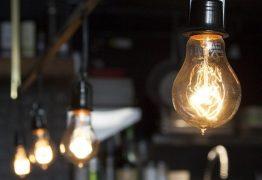 Conta de luz pode aumentar a partir de maio, segundo Aneel