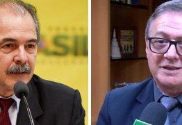 CASA DA MÃE JOANA: 'Vélez poderia ser expulso do Brasil por ofender os brasileiros', diz Mercadante