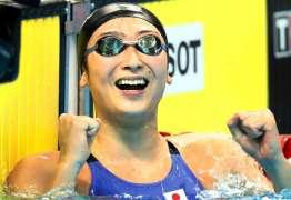 Jovem estrela da natação é diagnosticada com leucemia