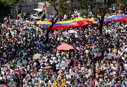 Guaidó e Maduro convocam manifestações para sábado