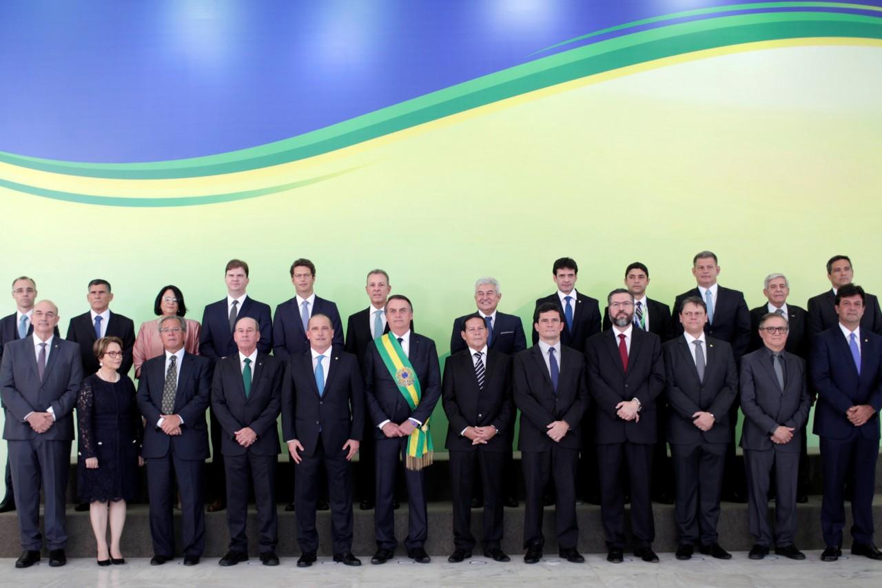 Bolsonaro e ministros - SÓ 9%: Participação de mulheres no governo Bolsonaro é uma das menores do mundo