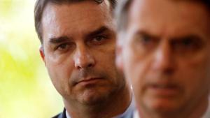 BolsonaroFlavioAdrianoMachadoReuters 300x169 - Quebra de sigilo de Flávio atinge ex-assessores do presidente Bolsonaro