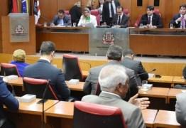 Bolsonaro ganha título de 'Cidadania Pessoense' em meio a polêmica