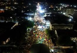 Sandra Belê, Siba e Salete Marrom, contagiam o público na primeira noite de shows do Carnaval de Poesia em Jacumã