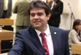 VENCENDO A CRISE: Deputado Eduardo Carneiro acredita em pequenas empresas para gerar novos empregos
