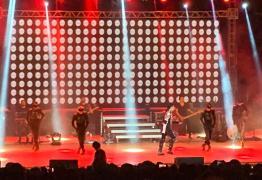 'TRIBUTO AO REI DO POP': Show interpretado por Rodrigo Teaser lota teatro em JP – VEJA VÍDEOS