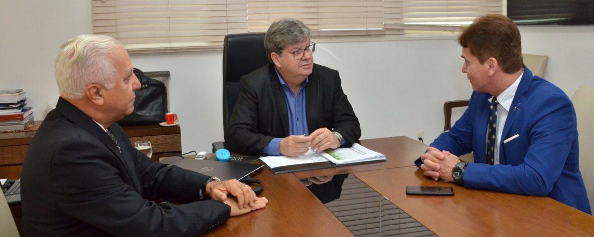 João Azevedo 1200x480 - FESTA DA ÁGUA:'Temos que preparar a Paraíba para receber os investimentos', afirma o governador João Azevêdo