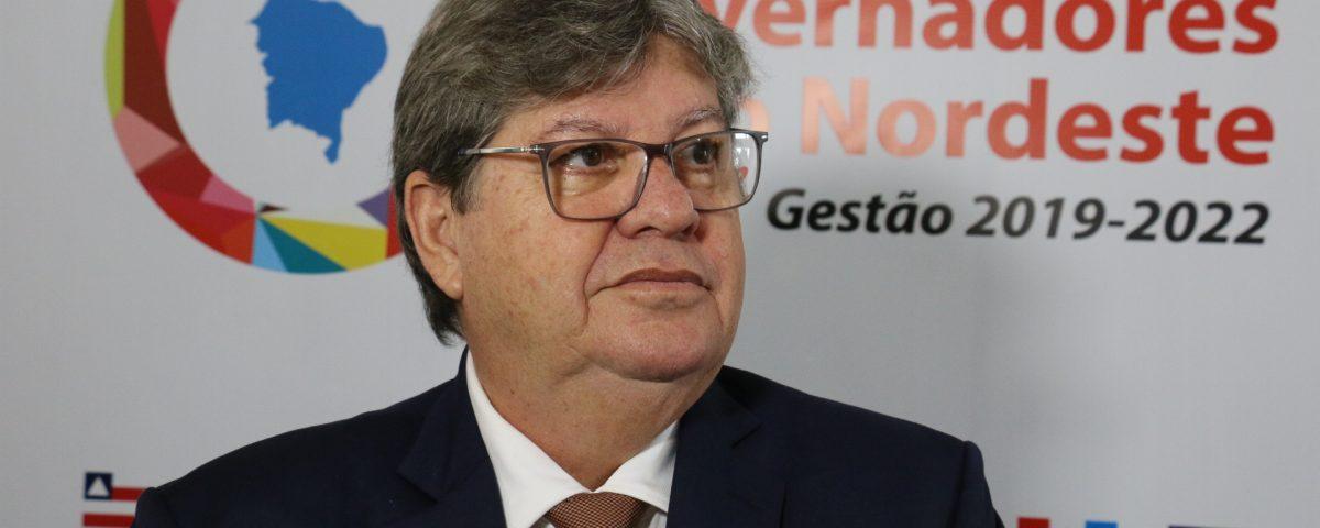 João encontro 1200x480 - João Azevêdo fala sobre o caso Livânia: Não se faz julgamento, nem condenação por antecipação