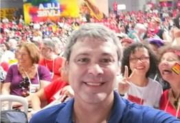 Lindbergh Farias participa de lançamento da Campanha Nacional Lula Livre