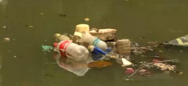 Lixo 300x138 - Pesquisadores medem o volume de lixo descartado nos rios e no mar