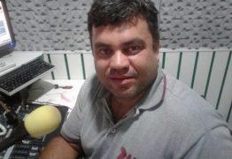Radialista é assassinado a tiros na porta de emissora