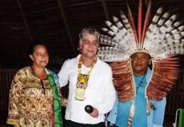 Fábio Assunção passa Carnaval com índios no Acre