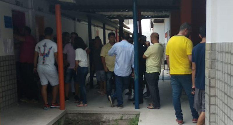 WhatsApp Image 2019 03 17 at 10.56.28 e1552833455699 - Em clima tranquilo, candidatos a Prefeitura de Cabedelo votam nesta manhã de domingo