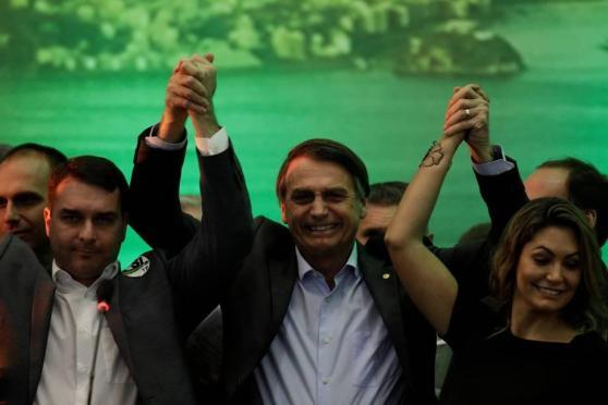 WhatsApp Image 2019 03 29 at 21.05.29 300x200 - O Brasil não será um país de direita - Por Felipe Fiamenghi