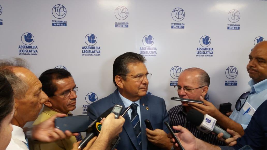 adriano galdino - MUDANÇA NO REGIMENTO: projeto prevê vice na fila de sucessão do presidente da Assembleia