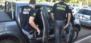 agentes polícia federal 1024x480 300x141 - OPERAÇÃO SICÁRIO: Polícia Federal realiza operação e prende cinco pessoas na PB; VEJA VÍDEO