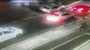 atropela bombeiro 300x168 - Vídeo mostra bombeiro sendo morto e arrastado durante 20 metros por motorista bêbado; ASSISTA