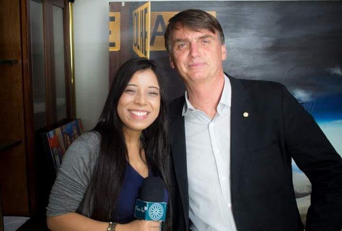 fernanda e bolso e1552332065606 - Autora de fake news contra jornalista do Estadão é funcionária do gabinete de deputado do PSL-MG