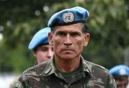 Ministro de Bolsonaro, general Santos Cruz escancara guerra entre militares e Olavo: 'Desequilibrado'