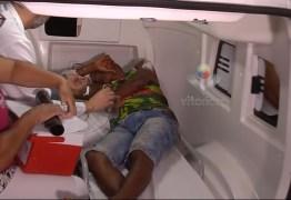 Pai dá um soco na cabeça do bebê de 5 meses e leva 7 facadas da esposa, em Uberlândia