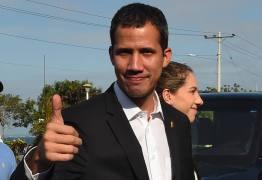 Em meio à espera do retorno de Guaidó, governo venezuelano reforça segurança em aeroporto