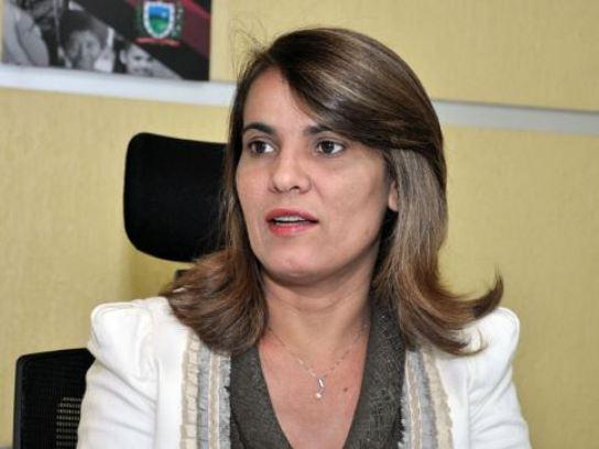 li 300x225 - Assembleia Legislativa recebe pedido de proteção de vida à ex-secretária Livânia Farias