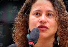 'MACHISTA': Bolsonaro mantinha postura agressiva contra mulheres diz a presidente nacional do PCdoB