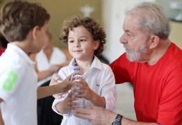 'Arthur deixou de ser convidado para aniversários de colegas por ser neto do meu avô' – Por Bia Lula