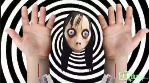 momo gilette 300x167 - Momo aparece em vídeos de slime do YouTube Kids e ensina as crianças a se suicidarem