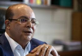 BÊBADO? Governador causa constrangimento em voo para Lisboa