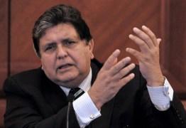 Ex-presidente peruano Alan García morre após dar tiro na cabeça
