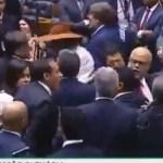 Capturar 41 - EMPURRA - EMPURRA NA CCJ: troca de R$ 40 milhões por Previdência gera confusão na Câmara entre deputados do PT e PSL - VEJA VÍDEO