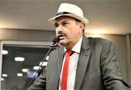 Jeová Campos lamenta sucateamento da Educação Pública no Brasil