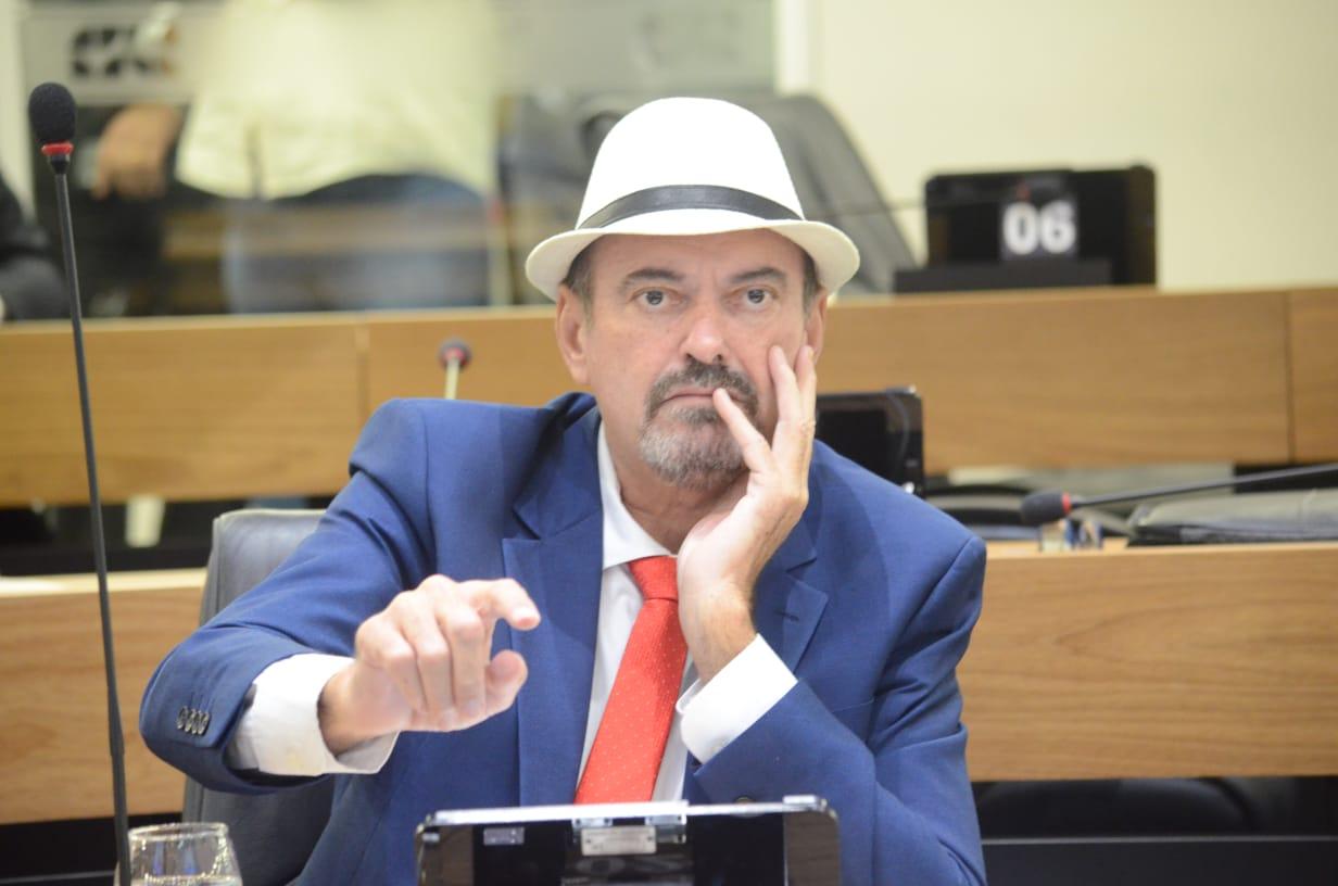 Deputado Jeová Campos pediu a construção de uma nova delegacia em Cahcoira dos Indios - Deputado Jeová Campos apoia greve geral e afirma  que governo federal quer aumentar a miséria no país