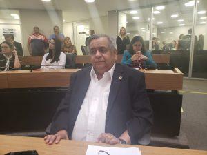 """EDMILSON SOARES 300x225 - """"Atitude lamentável em todos os sentidos"""" diz deputado Edmilson Soares sobre xingamentos de agente público nas redes sociais"""
