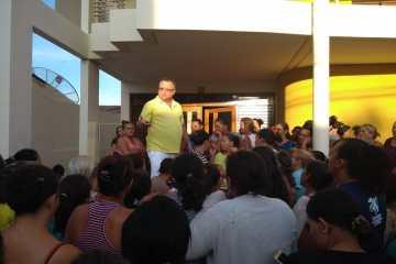 Empresário Aírton Pires repartilha o tradicional jejum da Semana Santa com pessoas da comunidade