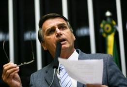 Bolsonaro responde críticas feitas por Lula em entrevista, 'Pelo menos não é um bando de cachaceiros'