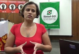 'AÇÃO INJUSTIFICADA': Entidade de docentes repudia prisão de professora e diz que ação da polícia é tentativa de 'intimidar educadores'
