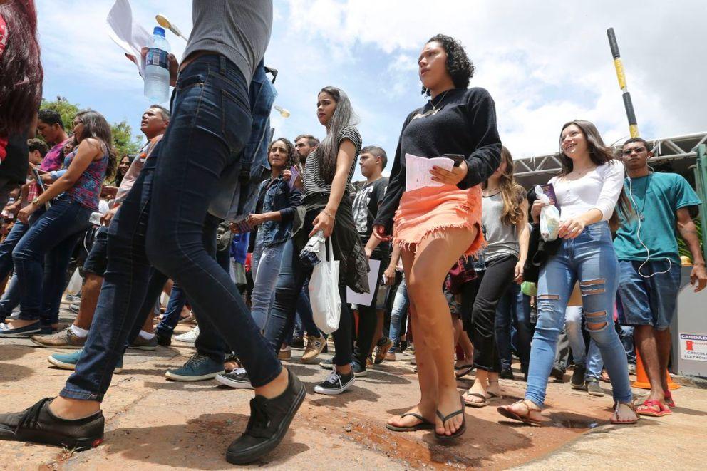 edit vac 20181104 1975 300x200 - ENEM 2019: mais de 3,6 milhões de estudantes pediram isenção de taxa