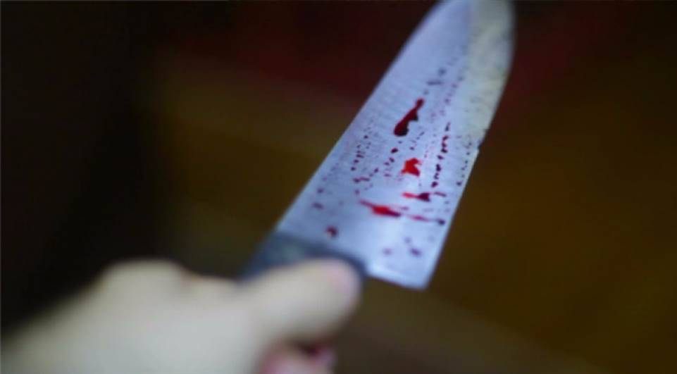 faca facadas - Em João Pessoa, vítima de assalto é esfaqueada por não ter nada para entregar