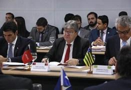 João Azevêdo participa de Fórum de Governadores e discute Reforma da Previdência e investimentos para Educação