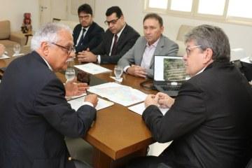 João Azevêdo discute Plano Regional de Desenvolvimento do Nordeste com superintendente da Sudene