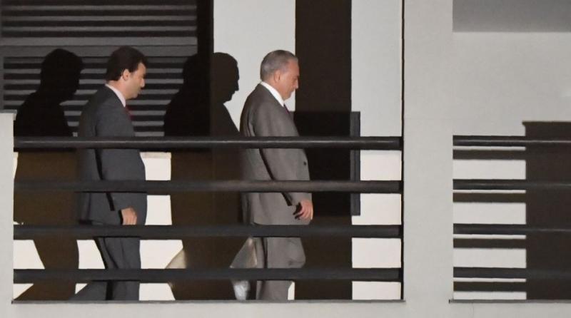 michel temer deixa prisão foto afp 1 - DESESPERO: Após prisão, Michel Temer pensou em tirar a própria vida