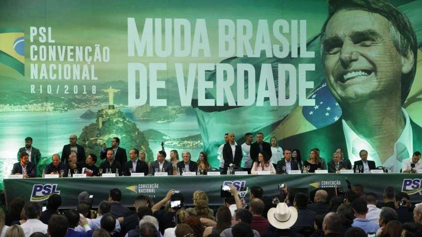 naom 5c65a03e8e1ab 300x169 - Líder do governo costura aproximação entre Bolsonaro e deputados do PSL