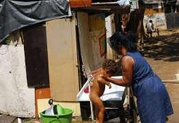 Crise empurra 7,4 milhões de brasileiros à pobreza, diz Banco Mundial