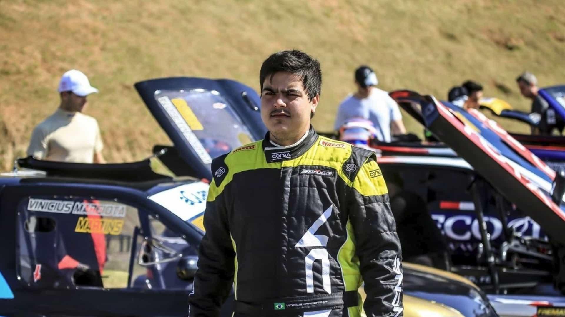 naom 5cb74c545f7aa - Piloto da Stock Car morre em acidente na rodovia Anhanguera