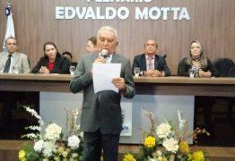 Sales Júnior assume prefeitura de Patos com renúncia de Bonifácio