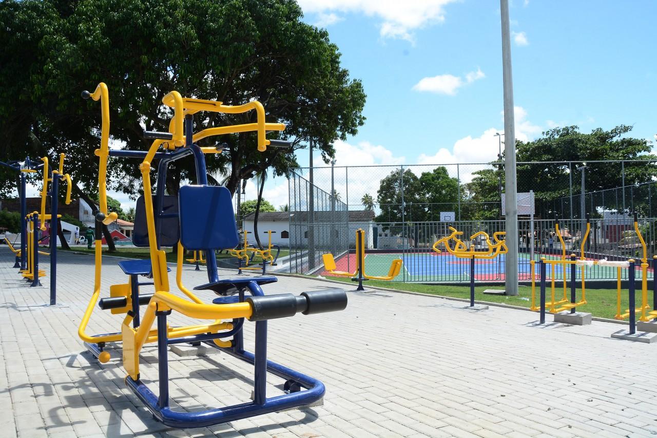 praçavalentina foto dayseeuzebio  2 - Luciano Cartaxo entrega praça no bairro Valentina  Figueiredo, nesta quarta-feira